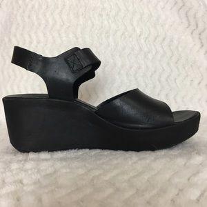 Korks by Kork-Ease, Keirn wedge sandal, size 7/38.